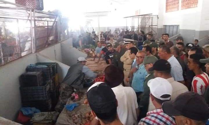 السلطات ببرشيد تقوم بحملة تحسيسية  لإحياء سوق الحريزي(صور)