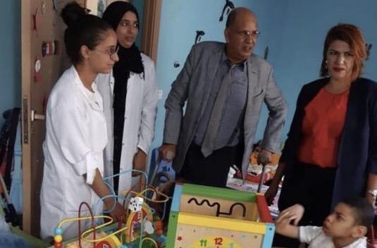 جمعية الأمل للمعاقين توزع المحافظ واللوازم المدرسية على تلاميذ  هذا المركز