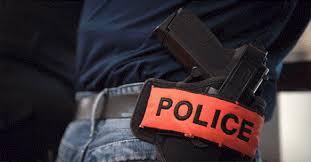 الدار البيضاء.. شرطي يشهر سلاحه الوظيفي دون استخدامه لتوقيف شخص