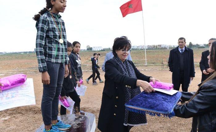 إسدال الستار عن فعاليات بطولة العدو الريفي المدرسي بالحي الحسني بالدار البيضاء