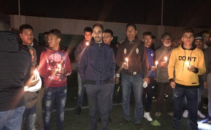 بالفيديو :وقفة بالشموع احتجاجا على قطع الكهرباء على ملعب سيدي معروف