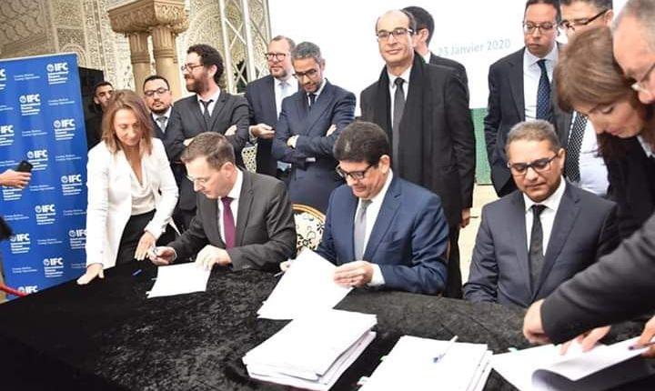 توقيع اتفاقية بمبلغ 100 مليون دولار لتمويل خط الترام الثالث والرابع بالدار البيضاء