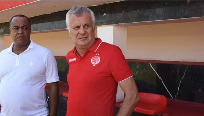 رسميا: الوداد ينفصل عن المدرب الصربي زوران مانولوفيتش