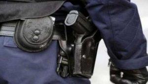 ابن سليمان.. ضابط أمن يضطر لإشهار سلاحه الوظيفي دون استخدامه في تدخل أمني