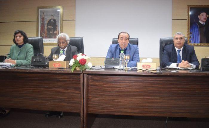 عبيابة يجتمع مع المسؤولين المركزيين والجهويين والإقليميين للوزارة