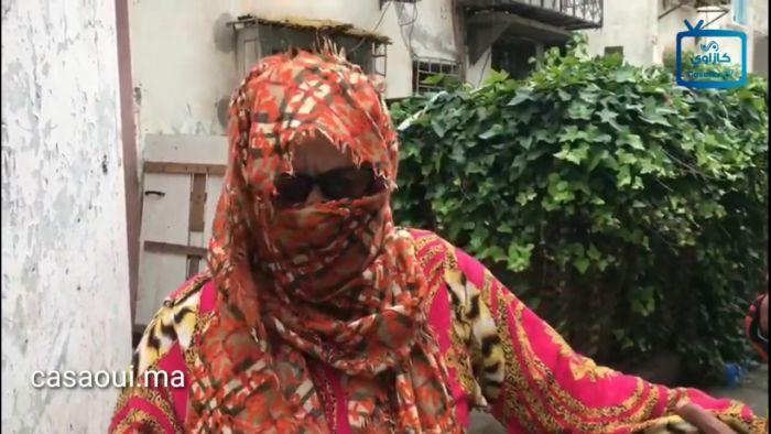 بالفيديو: مستشار بمقاطعة عين السبع يطرد سيدة مسنة لم تؤدي له ثمن كراء غرفة عشوائية