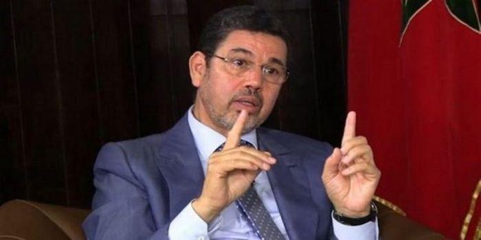 """عبد النباوي يدخل على خط """"إجباريةالكمامات"""""""