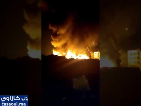 حريق يأكل مخازن في سوق المتلاشيات قرب حي التشارك