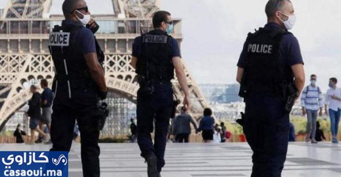 طعن مسلمتين أمام أطفالهما بباريس