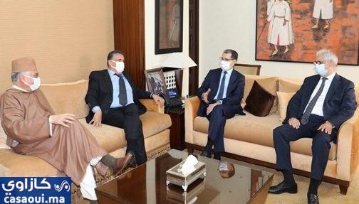 رئيس الحكومة يلتقي قادة أحزاب المعارضة