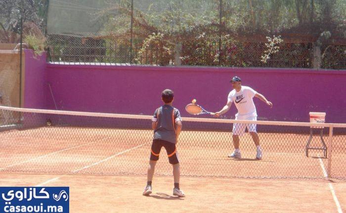 الدار البيضاء قبلة عشاق كرة التنس لفئة الصغار